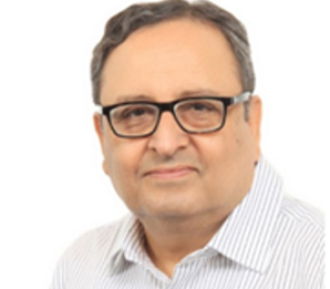 Dr. Pramod Kumar Julka - Top Oncologist In India