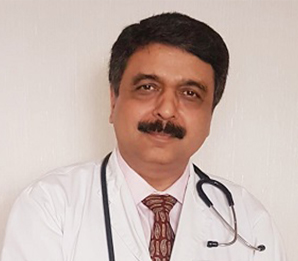 Dr. Dinesh Khullar - Top Kidney Transplant Surgeon In India